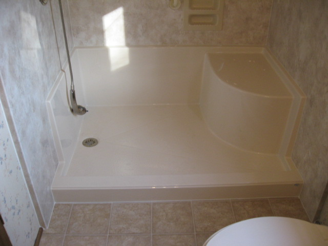 Zachary Bathroom Remodeling By Re Bath Re Bath Bathroom Remodeling Best L